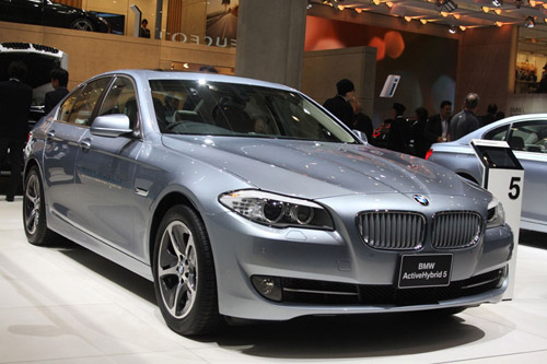 В Токио представлен 2012 BMW ActiveHybrid 5 Series
